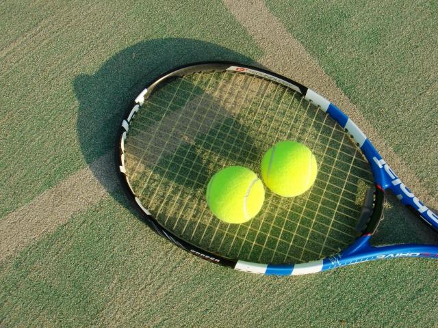 テニスコートのサーフェイスを知ろう!